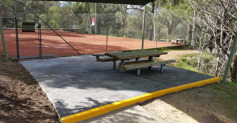 Court 2 Picnic Table Area